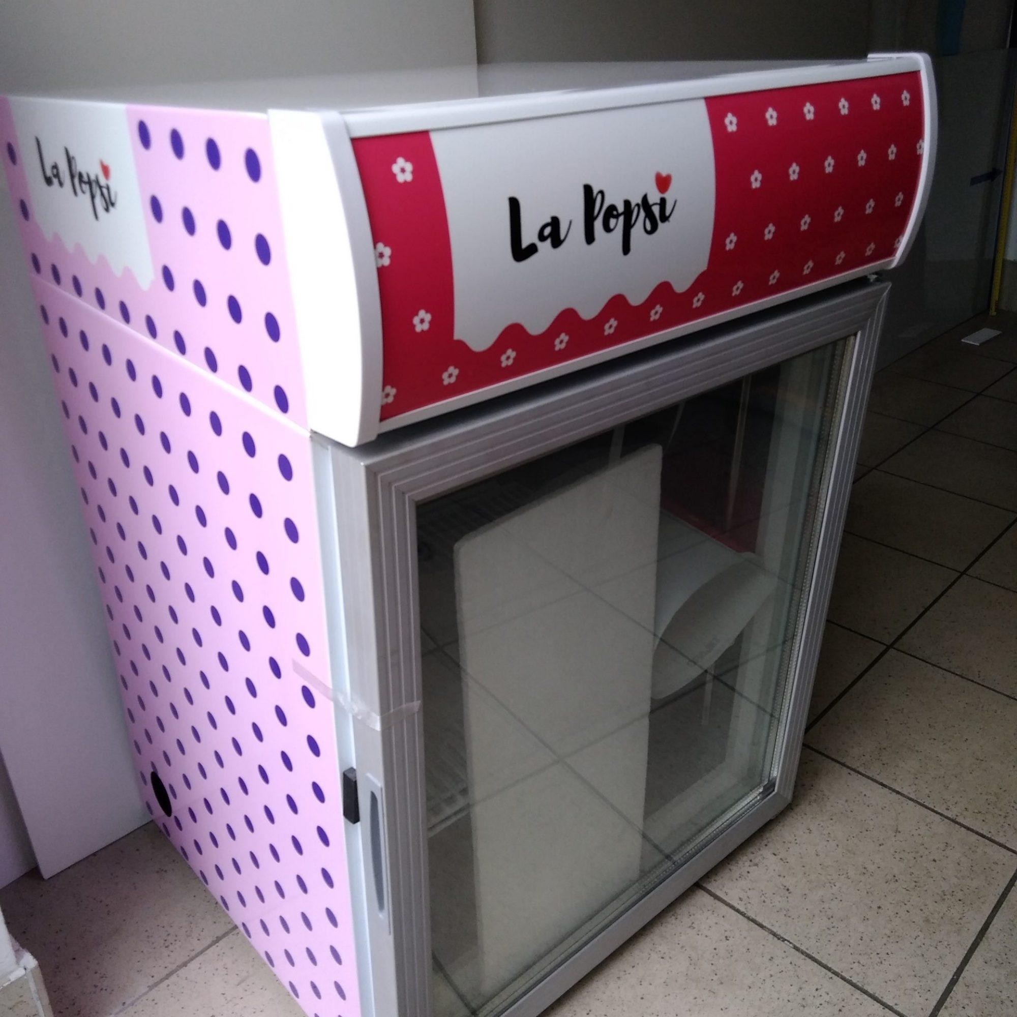 polepitev hladilnika